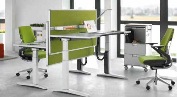 sit stand desk with green screen divider